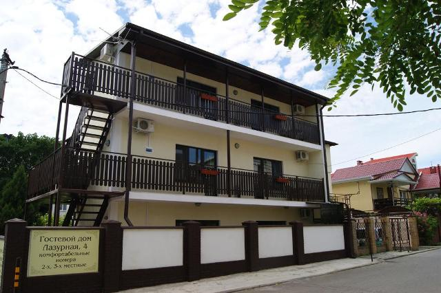 Геленджик, гостевой дом Лазурная, 4 - фасад