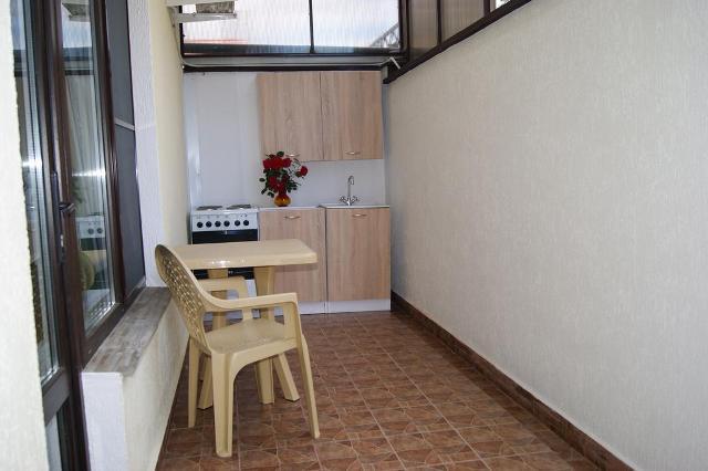 Геленджик, гостевой дом Лазурная, 4 - кухня