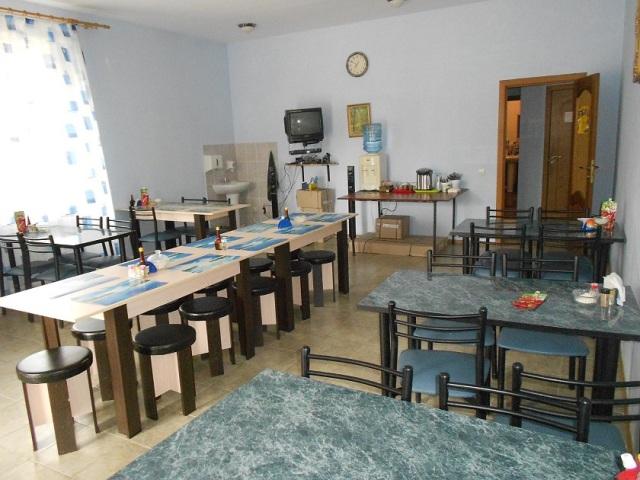 Новомихайловский, гостевой дом Престиж - столовая